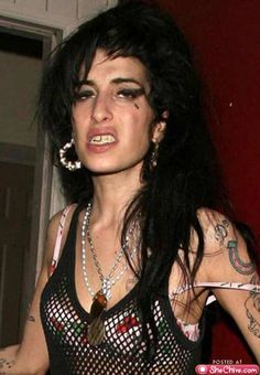 #AmyWinehouse #Drink #Drank #Drunk #PopMusic #Pop