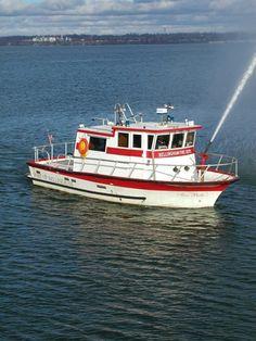 """Bellingham Fire Department, Bellingham, WA - """"Fire Belle"""" Fire-Rescue Boat."""