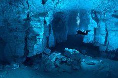 Plongée dans une grotte sous marine Russe orda cave russie plongee 08 lieux information divers bonus