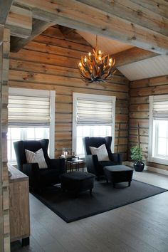 Koselig hytte i Røldal Cabin Homes, Log Homes, Scandinavian Cabin, Inside A House, Log Home Interiors, Modern Rustic Homes, Interior Windows, Timber House, Rustic Farmhouse Decor