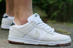 brand new 399ce dbd54 Nike Dunk Low Premium SB - white  white