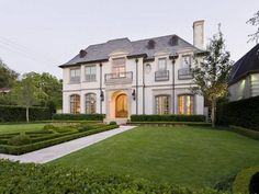 See inside former Dallas Cowboy Troy Aikman's recently bought $4.6M University Park home