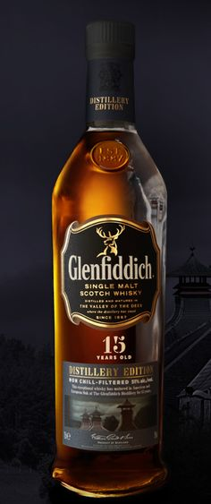 Whisky - pack by Stand Wine And Liquor, Liquor Bottles, Glenfiddich Whisky, Beer Packaging, Scotch Whiskey, Distillery, Cigars, Bourbon, Whiskey Bottle