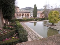 Fotografía: Maica Blasco - Granada- La Alhambra Granada, Portugal, Mansions, House Styles, Home Decor, Morocco, Vacation, Grenada, Mansion Houses