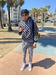 Rapper Outfits, Swag Outfits Men, Boy Outfits, Cute Outfits, Celebrity Singers, Celebrity Photos, Boys Fashion Dress, Fashion Outfits, Best Twerk Video