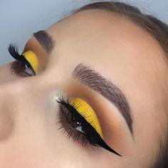 Yellow eyeshadow summer makeup