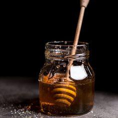 Coconut Honey Crepes with Whipped Mascarpone + Blood Orange Compote - photography - Lebensmittel Raw Honey, Milk And Honey, Manuka Honey, Natural Honey, Natural Skin, Natural Health, Crepes, Food Styling, Sweets