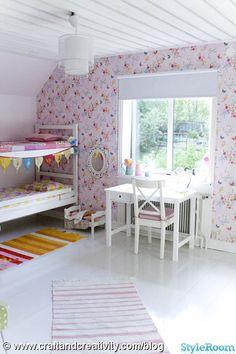 The butterfly wallpaper! from Annie & Elins rum - Ett inredningsalbum på StyleRoom