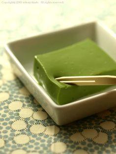 ねっとりプルプル 抹茶ミルク豆腐 レシピ - いりこ食堂