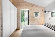 Black Line - Se vores designlinie Black Line - Stenhøj Husene A/S Modern Wooden House, New House Plans, Home Design Plans, Home Fashion, Interior Exterior, Amazing Architecture, New Homes, Cottage, House Design