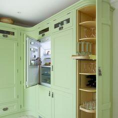 Küchen Küchenideen Küchengeräte Wohnideen Möbel Dekoration Decoration Living Idea Interiors home kitchen - Grüne Shaker Küche mit gekrümmten Einheiten