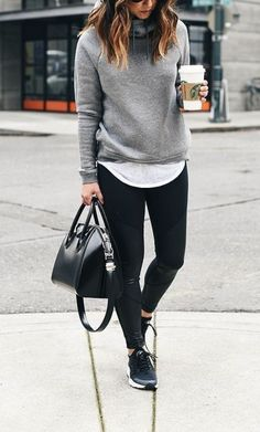 Fashion Trends of Fall 2019 outfitideas casualoutfits womenoutfits outfitins Fashion Trends of Fall 2019 outfitideas casualoutfits womenoutfits outfitins 699817229583434313 Winter Trends, Fall Fashion Trends, Winter Fashion, Street Style Outfits, Mode Outfits, Look Fashion, Womens Fashion, Young Fashion, Cheap Fashion