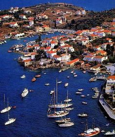Spetses Island is an amazing sailing destination and nearby Athens,Greece Places Around The World, Oh The Places You'll Go, Places To Travel, Places To Visit, Around The Worlds, Mykonos, Santorini, Beautiful Islands, Beautiful Places