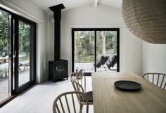 Skogshuset vid stranden, Gotland – M. Scandinavian Cottage, Interior Styling, Interior Design, Rest House, Small Condo, Cottage Exterior, Home Decor Kitchen, Bedroom Sets, Room Interior