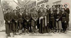 Posadka grahovske belogardistične postojanke. Narednik France Balantič je prvi z desne zgoraj.