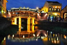 Hoi An. Vietnam ako z rozprávky Hoi An, Varanasi, Da Nang, Borneo, Japan Travel, Laos, Vietnam, Mansions, House Styles