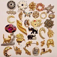 136 g of 10k 111 Gram lot of 14k Gold Jewelry Scrap or Wear
