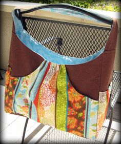 Love this diaper bag, not a free pattern though IMG_8785 by nykinykinyki, via Flickr