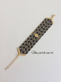 Bracelet manchette CLASSE / perles miyuki gris, noir, or / tissage peyote / CLASS cuff bracelet / miyuki pearls gray, black, gold / peyote weave / Beaded Cuff Bracelet, Bead Loom Bracelets, Peyote Beading, Beaded Bracelet Patterns, Bead Loom Patterns, Woven Bracelets, Beading Patterns, Beaded Earrings, Beaded Bracelets