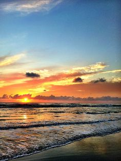 South Padre Island, Texas. CHECK!!! And it really is this gorgeous ALL THE TIME!