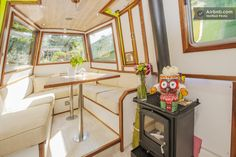 Central London Designer Canal Oasis - Boats for Rent in London, United Kingdom Barge Interior, Interior And Exterior, Interior Design, Barge Boat, Narrowboat Interiors, Rent In London, Canal Boat, Canal Barge, Tiny Living