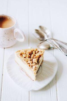 almond mascarpone cheesecake