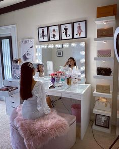 makeup room decor Wishes do come true, like this vanity SHOP Impressions Vanity Mirror Bundles Bedroom Decor For Teen Girls, Cute Bedroom Ideas, Cute Room Decor, Room Ideas Bedroom, Girl Bedroom Designs, Teen Room Decor, Diy Bedroom Decor, Rich Girl Bedroom, Teen Room Furniture