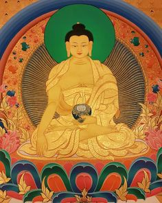Beautiful pure gold Buddha (detail). This thangka was painted by one of the most appreciated artist in Kathmandu and friend of our school of art.