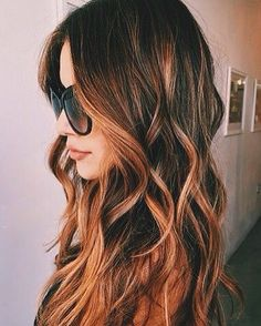 Looking for those perfect summer waves? Glam Palm has got you covered! Our hair tools are made to give you the look you've been dreaming about. #hair #fashion #waves