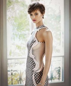 """The long pixie haircut may be cute, but the women who are wearing these styles are certainly more than """"just cute""""! Short pixie cuts are popular because they. Long Pixie Hairstyles, Best Short Haircuts, Short Hairstyles For Women, Pixie Haircuts, Very Short Hair, Short Hair Cuts For Women, Long Hair Cuts, Short Wavy, Hair Styles 2016"""