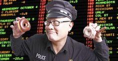 Arestări în masă în Asia din cauza pariurilor ilegale pe Euro 2016! Poker, Euro, Asia, Baseball Cards