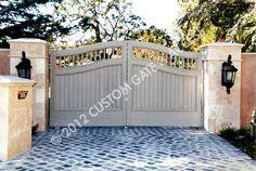 custom wooden driveway gate 27