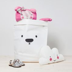 KAMI Ice Bear White Recycled Bag / L by Fita Hausdorf on CROWDYHOUSE - ✓Unique Design Products ✓30 Day Returns ✓Buyer Protection