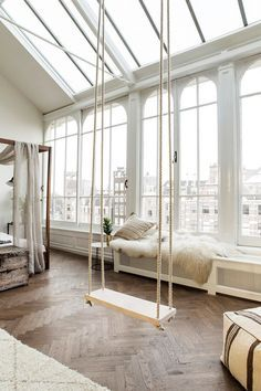 Indoor swing is happening ♥ Follow de latest designs for your lofts decoration. | Visit us at http://www.dailydesignews.com/   #homedecor #interiors #homedecoration #homefurniture #designroom #curateddesign #celebratedesign #homeaccessories #loftdecor #loftdecoration