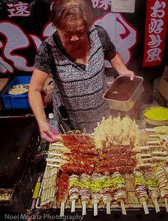 Japanese street food or yatai - Travel Photo Discovery - chrySSarecipes Japan Street Food, World Street Food, Korean Street Food, Thai Street Food, Indian Street Food, Food Japan, Korean Fashion Ulzzang, Ulzzang Korea, Vietnamese Dessert