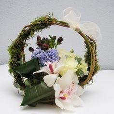 yau concept _ YaU flori+cos cu flori de primavara