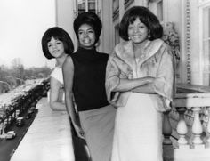 """Diana Ross and the Supremes 10"""" x 8"""" Promo Photograph no 123"""