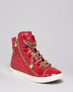 Shop Women's Michael Kors Red size 7 Sneakers at a discounted price at Poshmark. Sneakers Urban, Mk Sneakers, High Top Sneakers, Sneakers Fashion Outfits, Fashion Shoes, Michael Kors Outlet, Michael Kors Shoes, Boots With Leg Warmers, High Tops