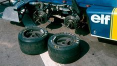 The front two wheels of the Tyrrell P34. © LAT Photographic