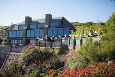 Here is a Wedding Venue in Southern California to consider if...