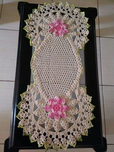 Crochet Mat, Crochet Cushions, Crochet Pillow, Crochet Home, Filet Crochet, Crochet Table Runner, Crochet Tablecloth, Crochet Doilies, Crochet Flowers