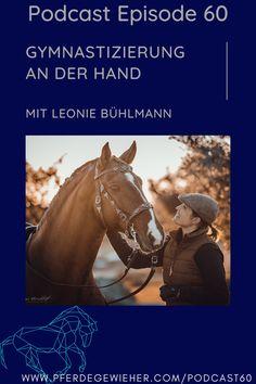 Pferdegewieher Podcast - In dieser Folge unseres Pferdepodcasts erklärt Leonie Bühlmann die Basics der Handarbeit mit dem Pferd. Viele Hilfen und Lektionen lassen sich bereits in der Bodenarbeit mit dem Pferd erarbeiten und eignen sich auch für junge Pferde oder kranke und verletzte Pferde. #pferdegewieher #pferdepodcast #podcastreiten #bodenarbeit #handarbeitpferd #piaffe #passage #spanischerschritt Horse Feed, Workout Ideas, Island Horse, Horse And Rider, Range Rover Sport, Dressage