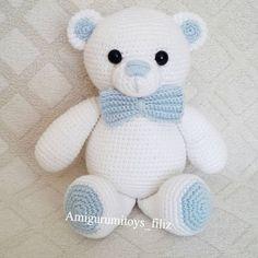 Boncuk gözlüm Tatlı mı tatlı bayram hediyesi .Bilgi ve Sipariş için ↪ DM . #amigurumi #amigurumiloves #elemeği #animal #amigurumitoy #amigurumis #crochet #crocheted #amigurumianimals #amigurumi #handmade #amigurumidoll #amigurumist #organioyuncak #doğal #natural #antalya #oyunarkadaşı #amigurumilove #amigurumitoy #oyuncak #toys #bear # white #blue
