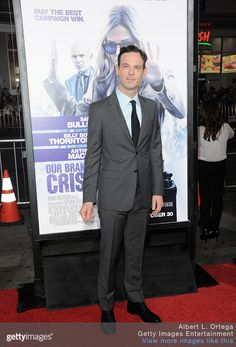 Scoot McNairy attends the premiere of Warner Bros. Pictures' OUR BRAND IS CRISIS at TCL Chinese Theatre on October 26, 2015 in Hollywood, California.