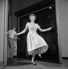 """The Happy Hoofer: 1954 ~ """"Actress Betty White on the set of her local Los Angeles daytime television show."""" Another look at this ageless entertainer, from unpublished photos by Maurice Terrell and Earl Theisen for Look magazine. Classic Hollywood, Old Hollywood, Shorpy Historical Photos, Look Magazine, Old Movie Stars, Betty White, Lucky Ladies, Golden Girls, Golden Age"""