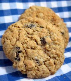 Homemade Oatmeal Raisin Cookies Recipe
