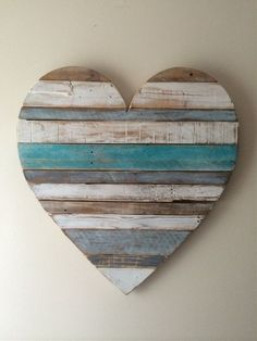Wooden Rustic Heart #vintagebeachcottages