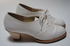 ZODIAC USA White Canvas Oxford Booties W Stacked by ACTIONVINTAGE