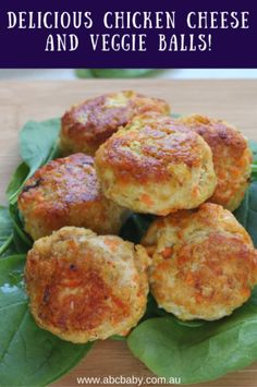 This is a great recipe for hiding veggies from the kids < insert wicked mum laugh hahahaThese Chicken Cheese and Veggie Balls are delicious and moist and are great as a meal with a side salad or veggies or pop them in the lunch box on their own or Lunch Box Recipes, Baby Food Recipes, Great Recipes, Cooking Recipes, Toddler Meals, Kids Meals, Toddler Food, Toddler Recipes, Chicken Recipes For Toddlers