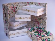 Cards ,Crafts ,Kids Projects: Folding Box Tutorial - Quilled Box